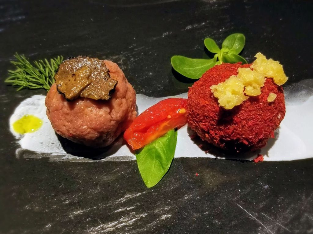 beef tartare at il ridotto venice michelin star restaurant