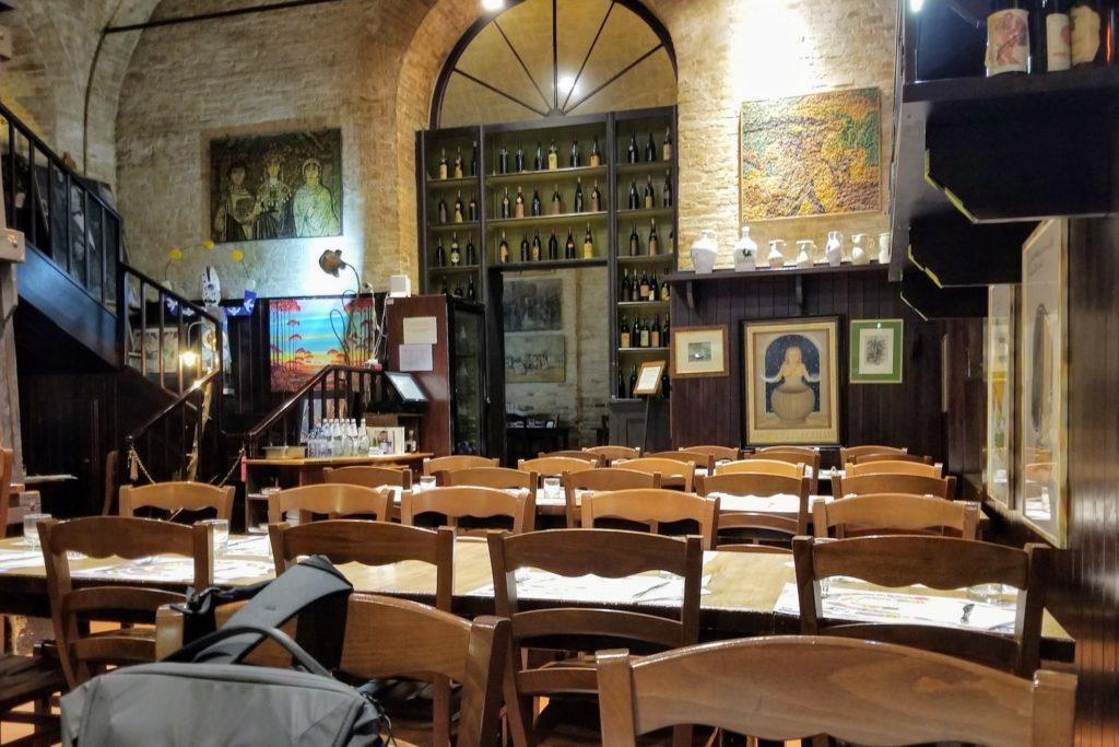 ristorante ca' de ven inside restaurant interior