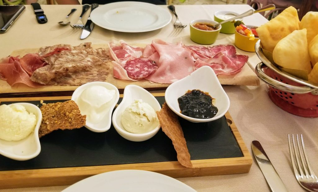 cold cuts appetizer at trattoria da me, bologna