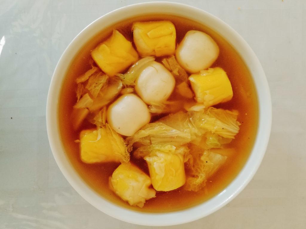 napa cabbage and fish ball soup