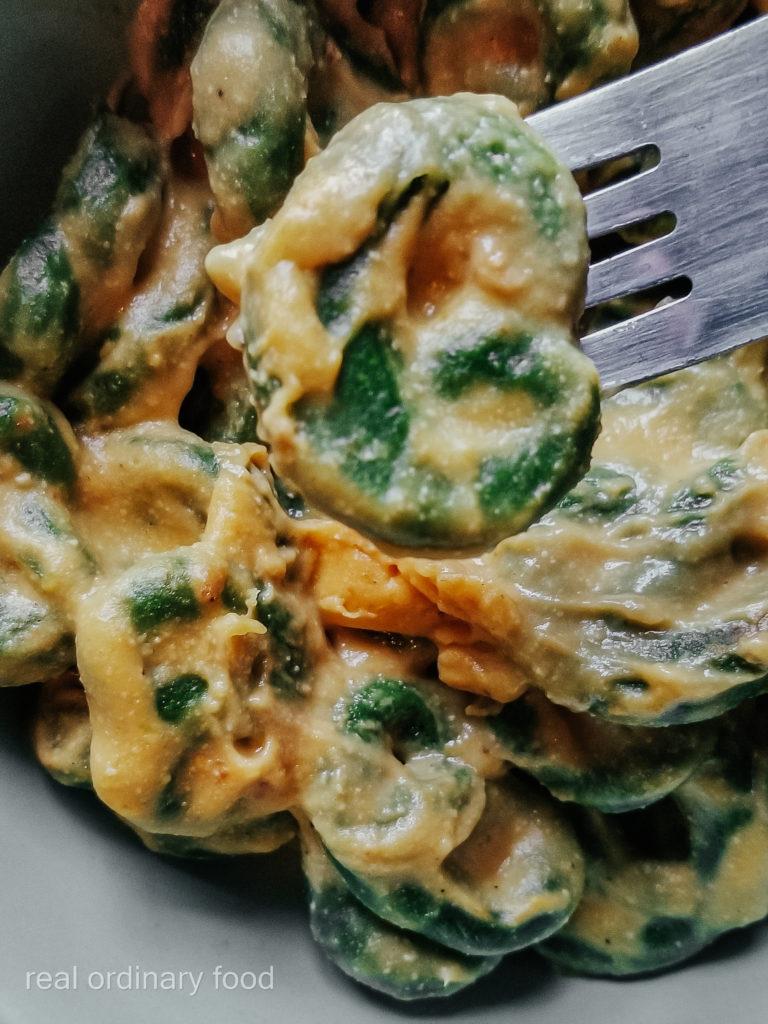 homemade spinach pici mac n cheese