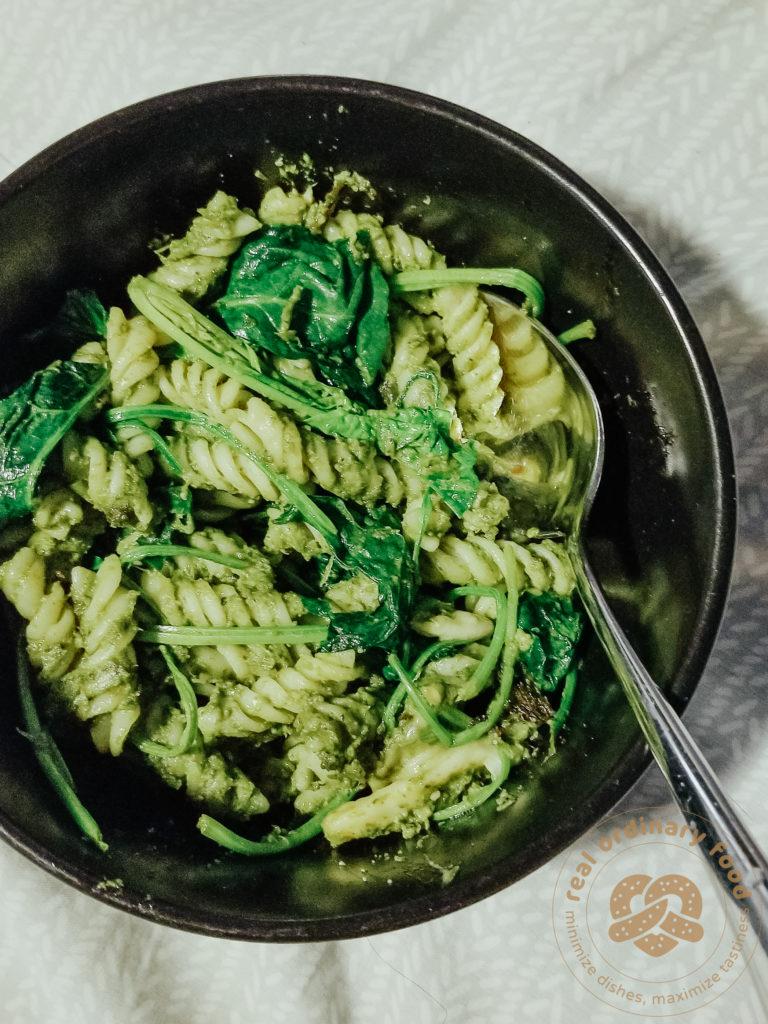green dandelion pesto pasta with spinach