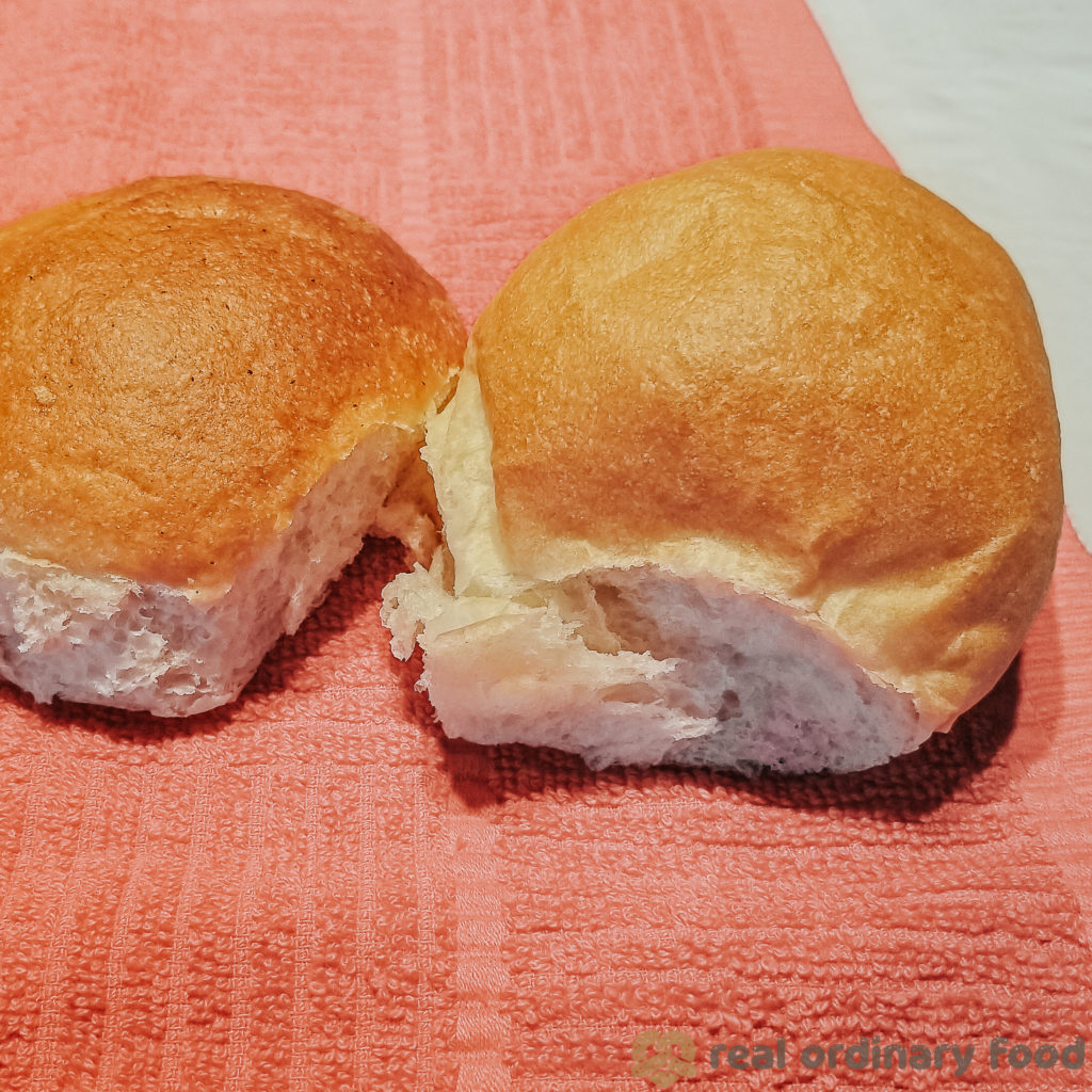 comparing buns made with 5-minute knead to 12-minute knead