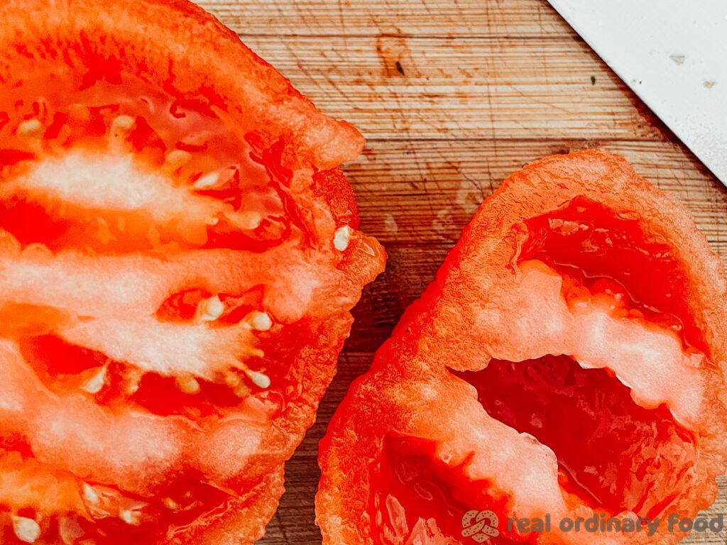 deseeding a tomato